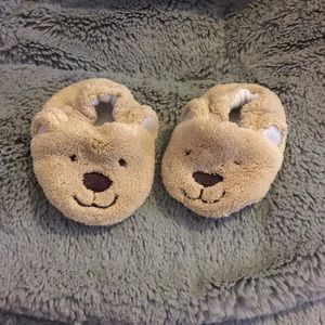 Newborn bear slippers